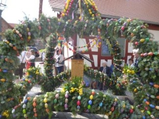 Osterbrunnen Eckhartshausen